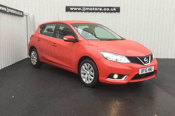 Nissan Pulsar 1.5 dCi Visia Hatchback 5-Door Red
