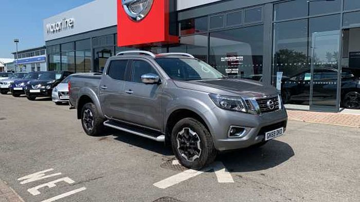 Nissan Navara Diesel Double Cab Pick Up Tekna 2.3dCi 190 4WD Auto Grey