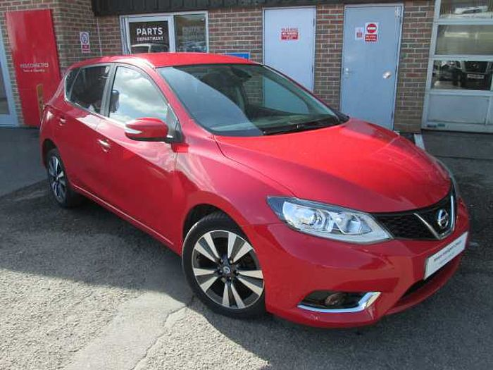 Nissan Pulsar 1.2 DIG-T N-tec Hatchback 5-Door Flame Red