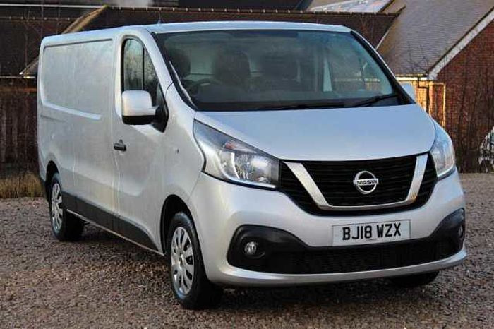 Nissan NV300 1.6dCi (120ps) Acenta L2H1 (1.2t) Panel Van grey