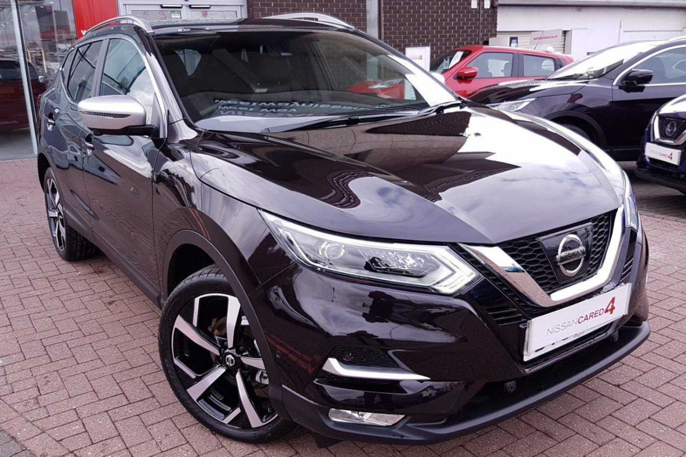 nissan qashqai black for sale in london nissan used cars. Black Bedroom Furniture Sets. Home Design Ideas