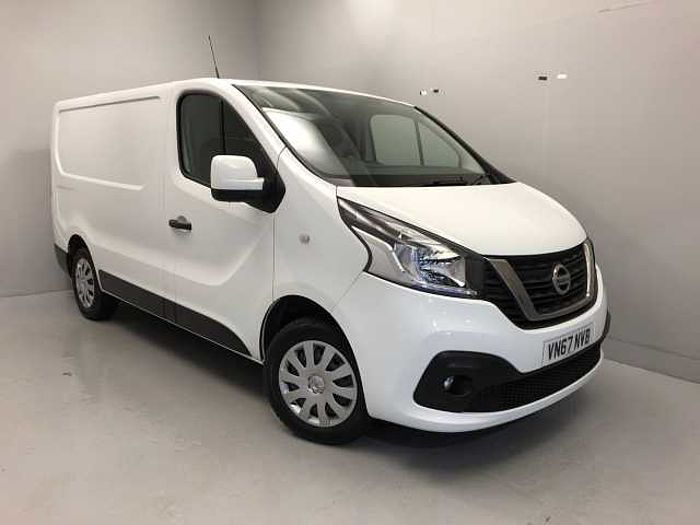 Nissan NV300 1.6dCi (120ps) Acenta L1H1 (1.0t) Panel Van Alabaster White