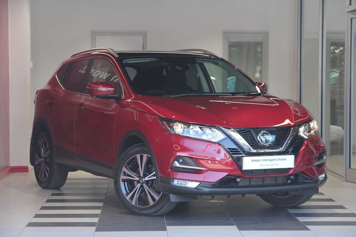 nissan qashqai red for sale in peterborough nissan used cars uk mdx n5bqjzd. Black Bedroom Furniture Sets. Home Design Ideas