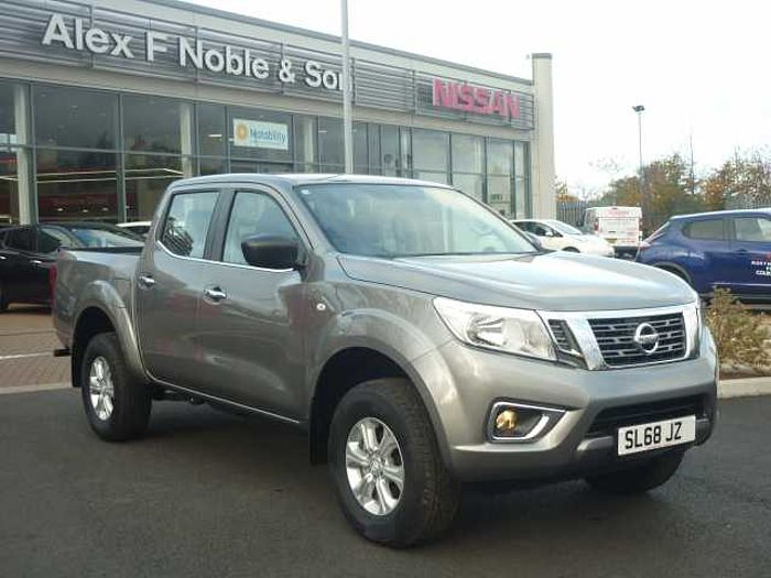 Nissan Navara 2.3dCi (EU6) Acenta Double Cab 4WD Pickup Twilight Grey