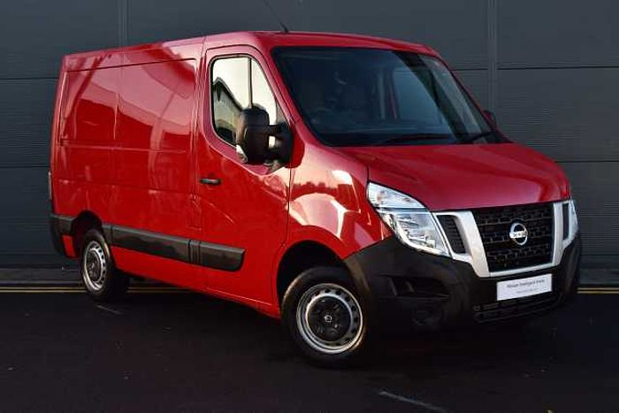 Nissan NV400 2.3 dCi 110 SE L1 H1 3300 Panel Van (FWD) Blaze Red