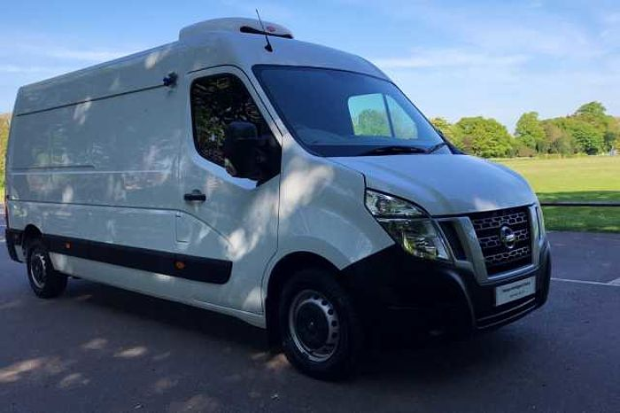 Nissan Nv400 F35 L3 Diesel 2.3 dCi 130ps H2 SE+GAH Refrigeration Unit With Overnight Standby Avalanche White