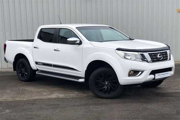 Nissan NAVARA 2.3dCi EU6 N - Connecta Double Cab 4WD PickUp White