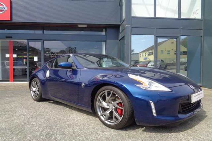 Nissan 370Z 3.7 GT 2-Door Coupe Blue