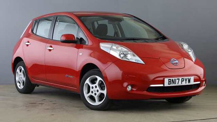 Nissan Leaf (24kWh) Acenta Hatchback 5dr Electric Automatic (0 g/km, 107 bhp) Red