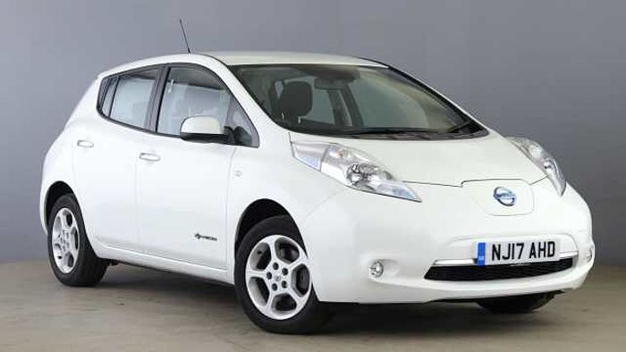 Nissan Leaf (24kWh) Acenta Hatchback 5dr Electric Automatic (0 g/km, 107 bhp) White